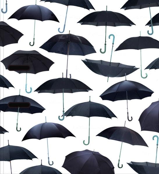 Schwarze Regenschirme